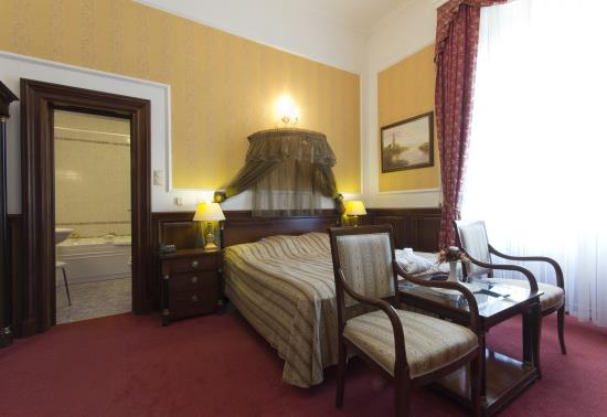 Renaissance szoba (6)