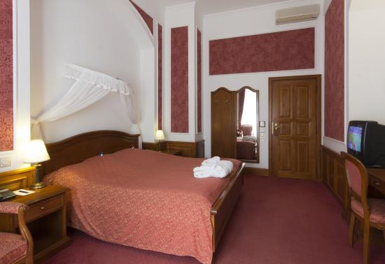 Rendezvouse szoba (2)
