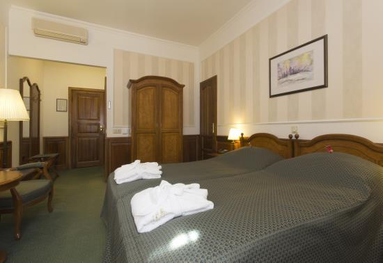 Romantique szoba (16)